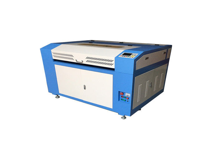 Wood Board Co2 Laser Engraving Machine With Blade Table / Honey Well Table